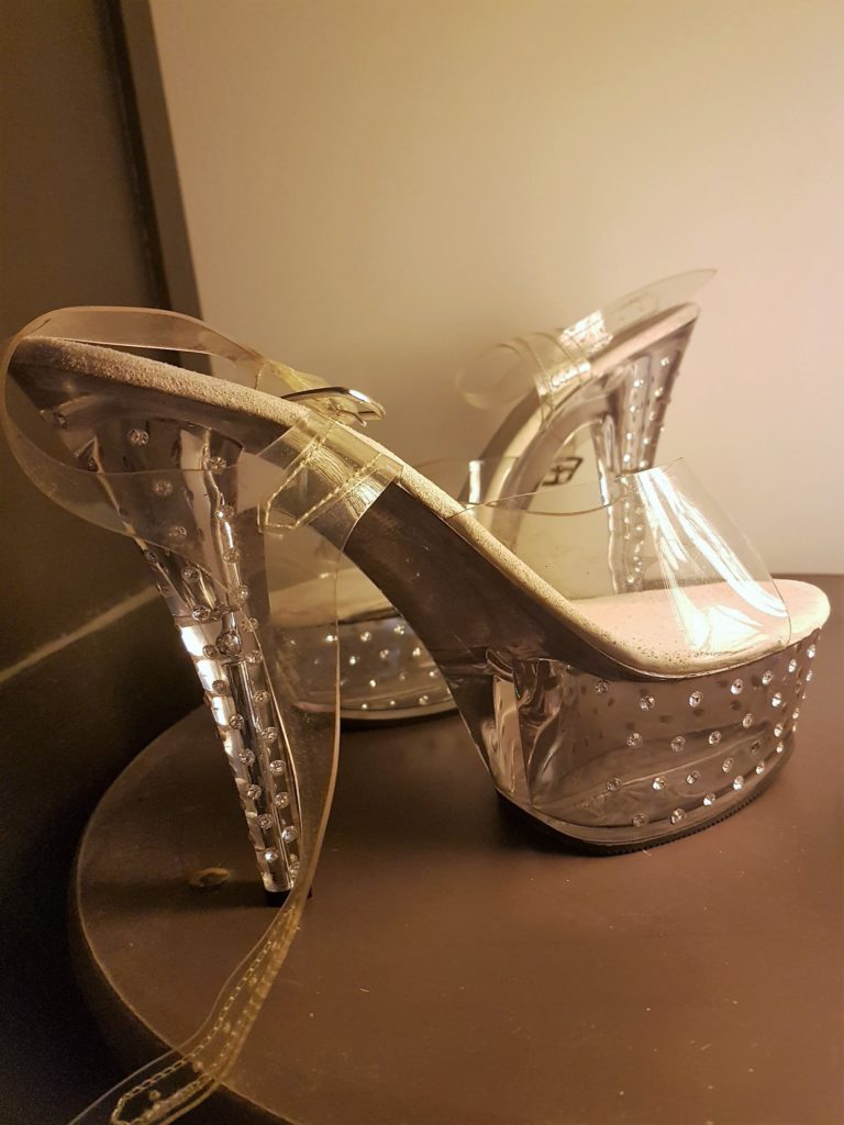 rhinestones-shoes